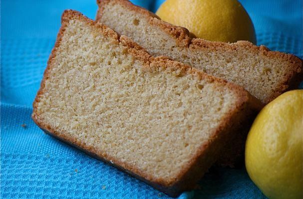 Lemon & Sour Cream Pound Cake