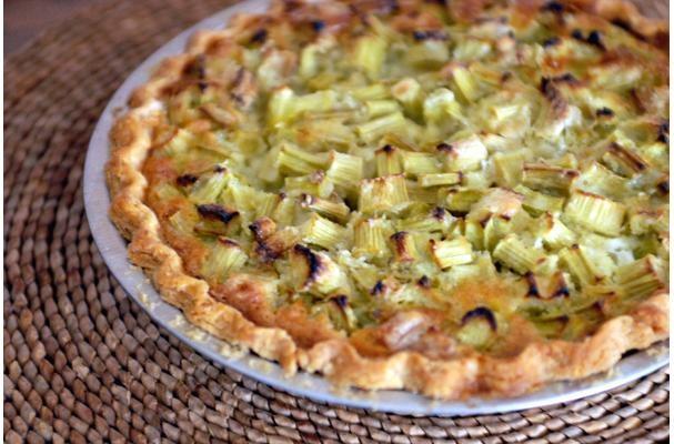 Delicious Rhubarb Custard Pie
