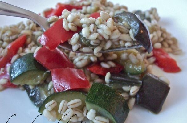 Barley salad with vegetables
